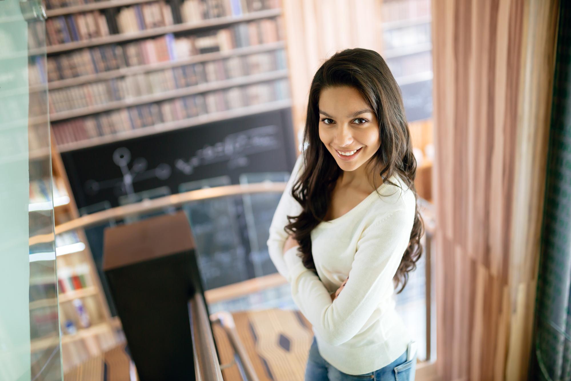 למי מתאימה משרה של כתיבת עבודות אקדמיות בתשלום?