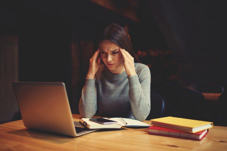 איך להתמודד עם חרדת בחינות